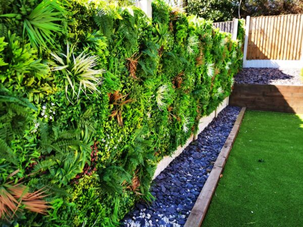 Deluxe Green Wall